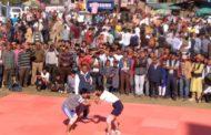 दशहरा ग्रामीण खेल उत्सव में पहली बार महिला कुश्ती