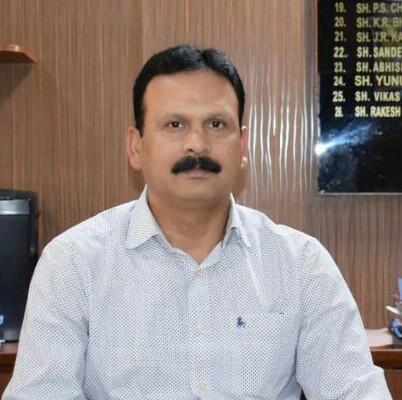 डीसी संदीप कुमार ने जिला ऊना की हॉटस्पॉट पंचायतों के जन प्रतिनिधियों से बात की