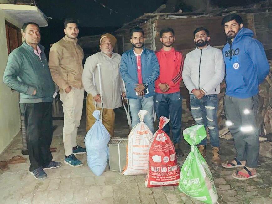 जरूरमंद परिवारों के लिए मददगार बन रही हिमाचल हैंल्पिंग हैंडज समाज सेवा संस्था