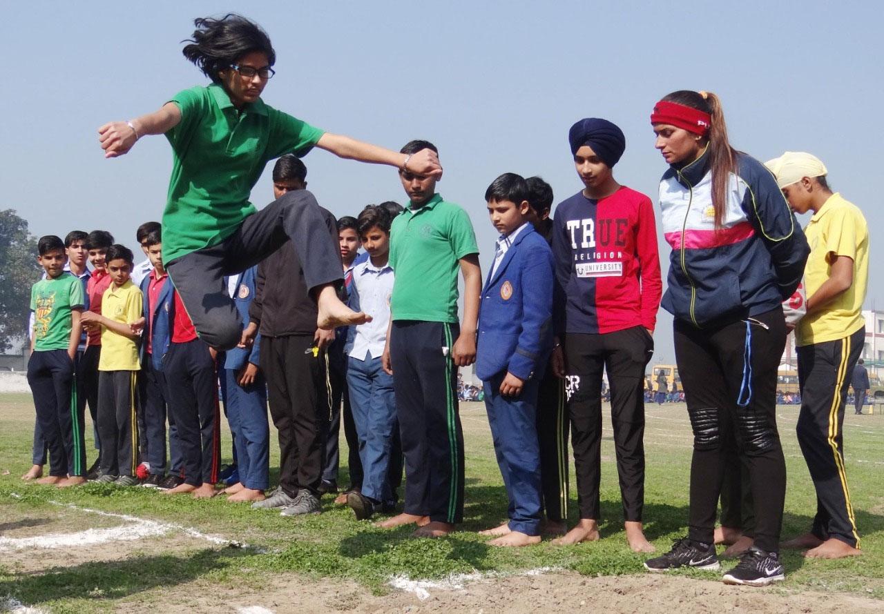 एसएस इंटरनेशनल सीनियर सेकेंडरी स्कूल में दो दिवसीय खेलकूद प्रतियोगिता का हुआ शुभारंभ