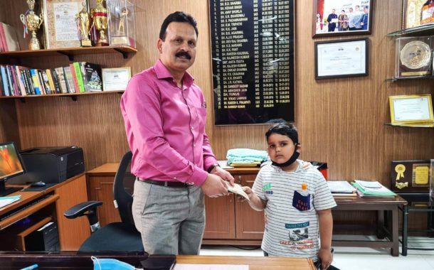 7 वर्षीय आण्विक शर्मा ने डीसी को सौंपे 2510 रुपए