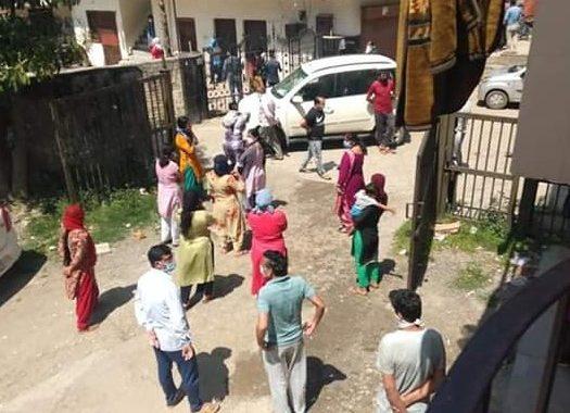 जमातियों को रिहायशी आबादी से दूर किसी मस्जिद में शिफ्ट करने की मांग
