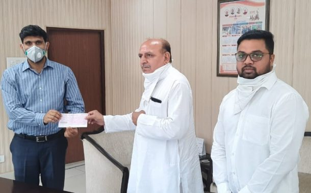 साहिब पेस्टिसाईड कंपनी के संचालक ने करनाल कोरोना रिलीफ फंड में दिए 1 लाख 1 हजार रुपये,