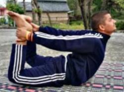 योग दिवस के उपलक्ष्य पर 'करें योग रहें निरोग' का दिया संदेश