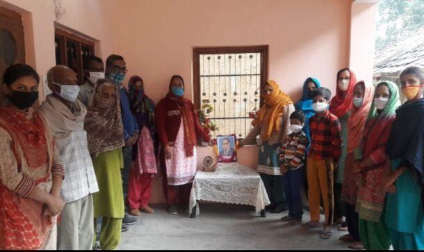 गगरेट की ग्राम पंचायत चलेट में भारत रत्न संविधान निर्माता डॉक्टर भीमराव अंबेडकर का महापरिनिर्वाण दिवस मनाया